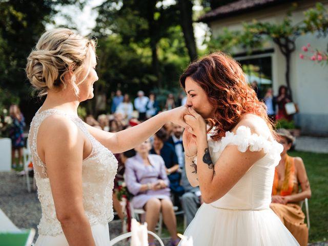 Il matrimonio di Mara e Alice a Rovellasca, Como 47