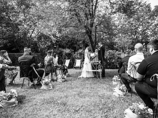 Il matrimonio di Thomas e Ilaria a Gaggiano, Milano 11