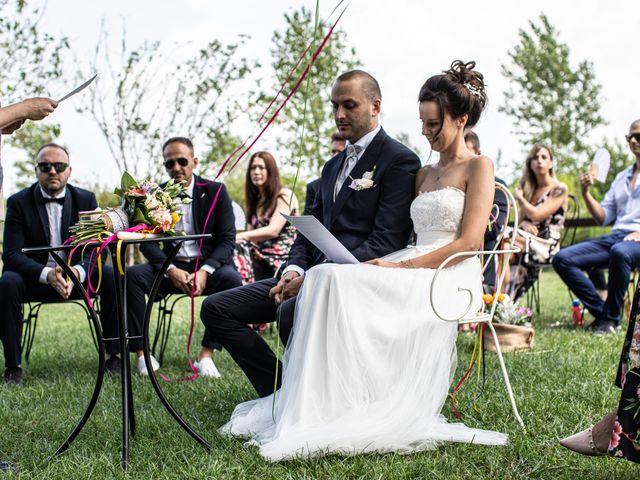 Il matrimonio di Thomas e Ilaria a Gaggiano, Milano 15