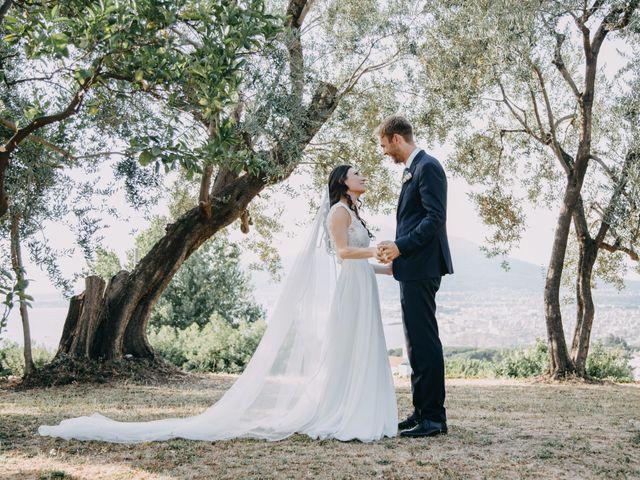 Il matrimonio di Iurii e Ilaria a Castellammare di Stabia, Napoli 34