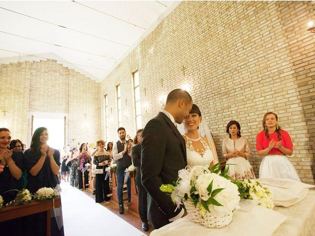Il matrimonio di Edgar e Mara a Fossombrone, Pesaro - Urbino 13