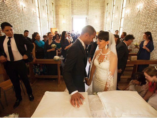 Il matrimonio di Edgar e Mara a Fossombrone, Pesaro - Urbino 14