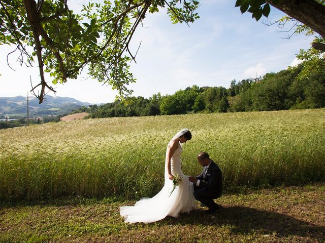 Il matrimonio di Edgar e Mara a Fossombrone, Pesaro - Urbino 17
