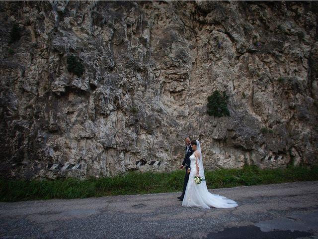 Il matrimonio di Edgar e Mara a Fossombrone, Pesaro - Urbino 19