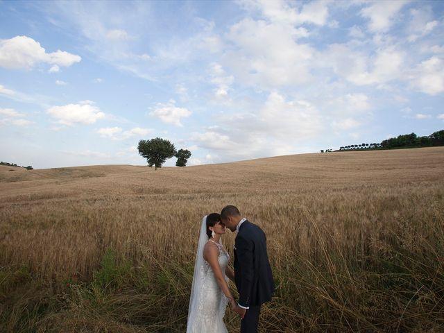 Il matrimonio di Edgar e Mara a Fossombrone, Pesaro - Urbino 22