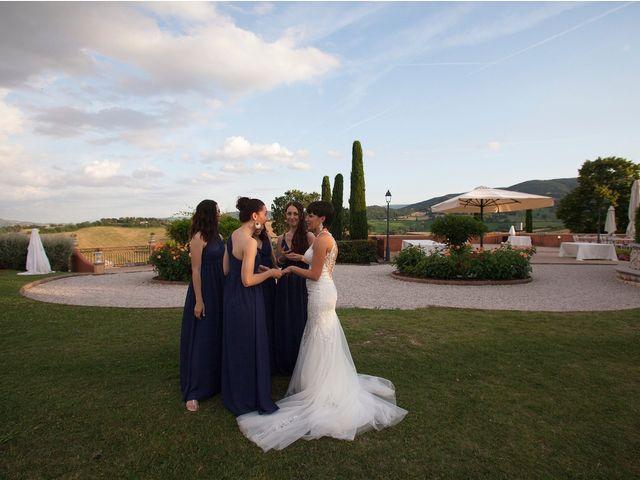 Il matrimonio di Edgar e Mara a Fossombrone, Pesaro - Urbino 26