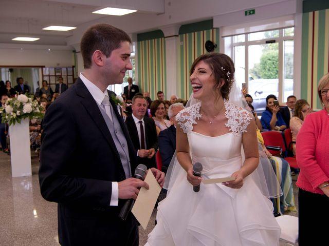 Il matrimonio di Sonia e Riccardo a Fontanarosa, Avellino 40