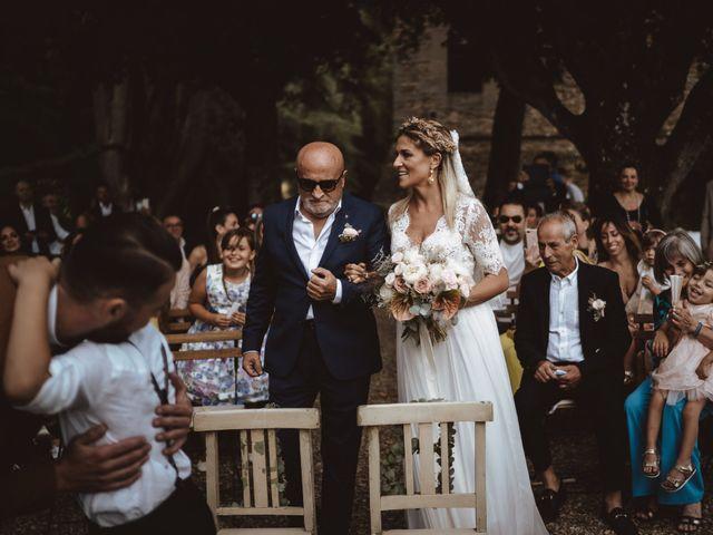 Il matrimonio di Lorenzo e Benedetta a San Casciano in Val di Pesa, Firenze 9
