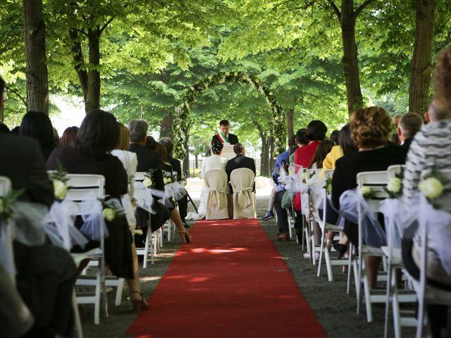 Il matrimonio di Nicola e Anamaria a Cuneo, Cuneo 17