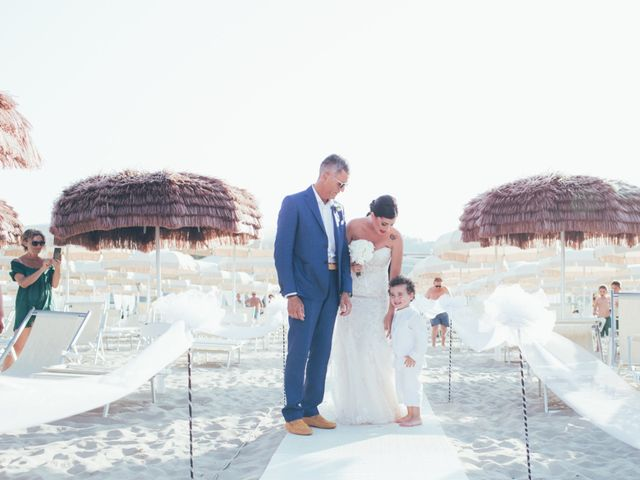 Il matrimonio di Massimiliano e Irene a Tortoreto, Teramo 51