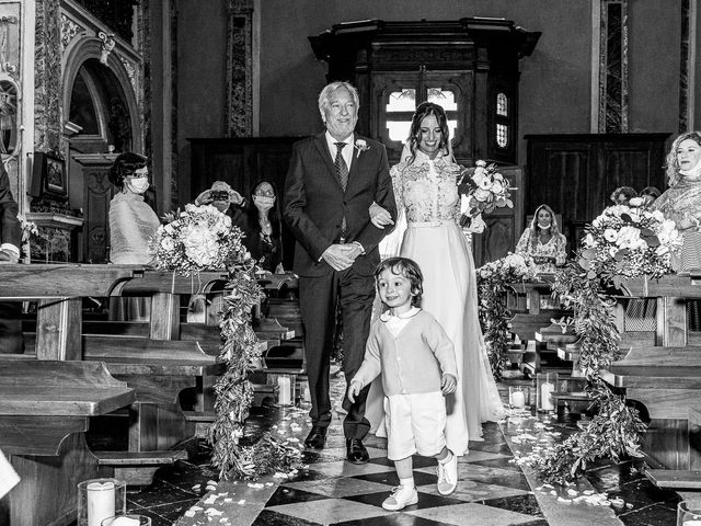 Il matrimonio di Davide e Serena a Domaso, Como 14