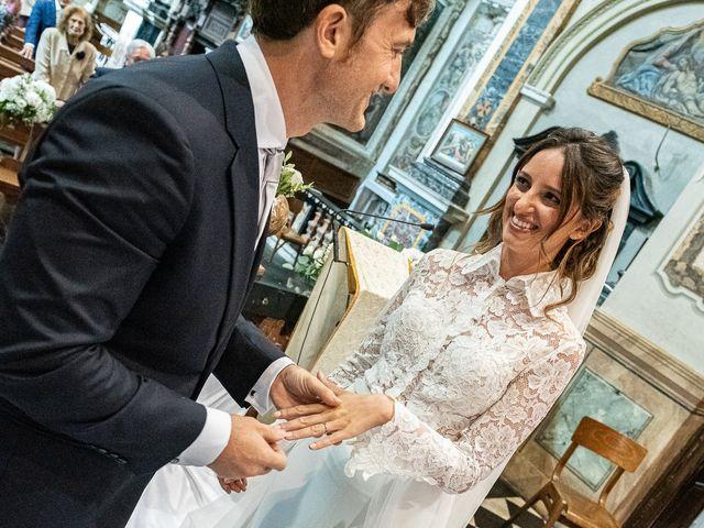 Il matrimonio di Davide e Serena a Domaso, Como 20