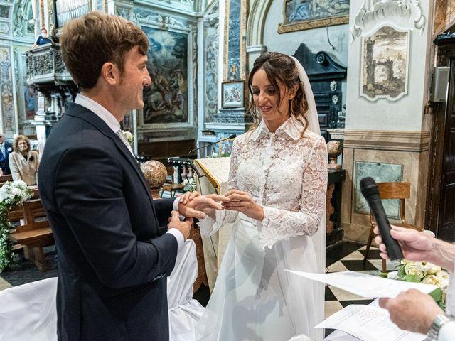 Il matrimonio di Davide e Serena a Domaso, Como 21
