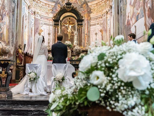 Il matrimonio di Davide e Serena a Domaso, Como 23