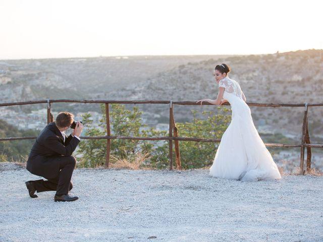 Il matrimonio di Danilo e Adriana a Scicli, Ragusa 37
