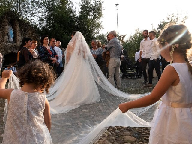Il matrimonio di Luigi e Cristina a Robecco sul Naviglio, Milano 19