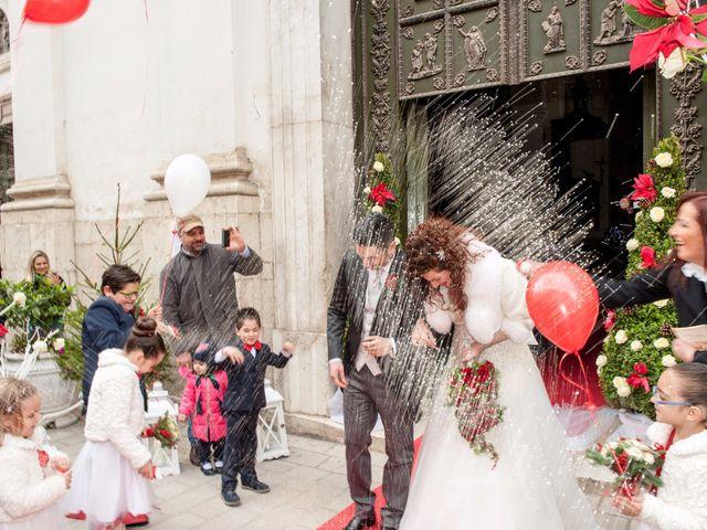 Il matrimonio di Tommaso e Teresa a Altavilla Irpina, Avellino 43