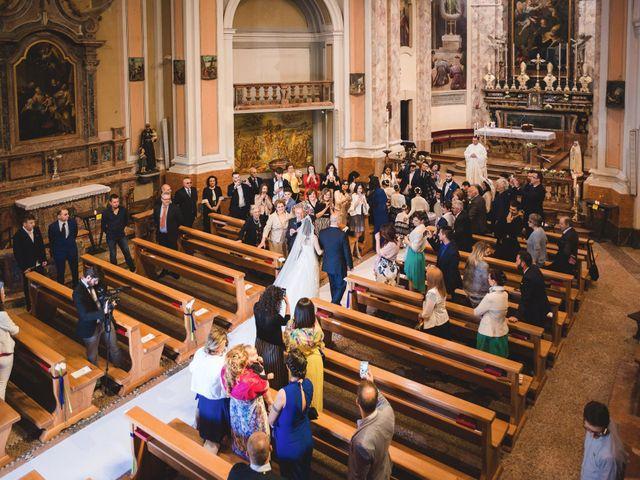 Il matrimonio di Demis e Luana a Torre d'Isola, Pavia 28