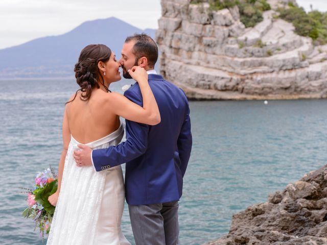 Il matrimonio di Mario e Marilena a Vico Equense, Napoli 8