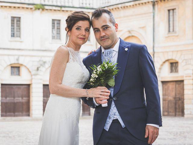 Il matrimonio di Simone e Gloria a Castellucchio, Mantova 17