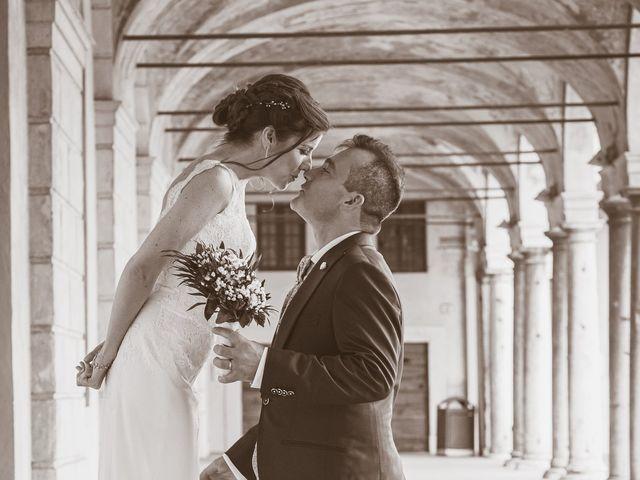 Il matrimonio di Simone e Gloria a Castellucchio, Mantova 23