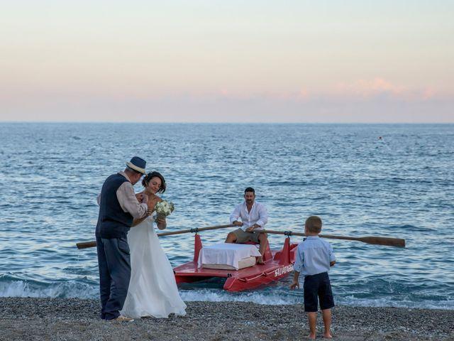 Il matrimonio di Luca e Mirella a Spotorno, Savona 21