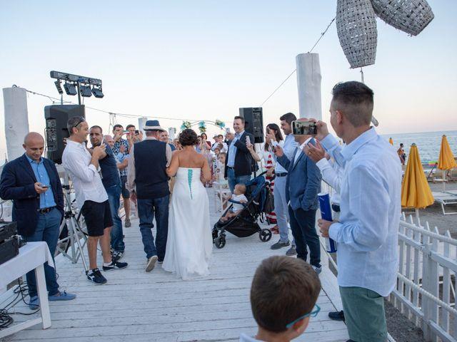 Il matrimonio di Luca e Mirella a Spotorno, Savona 22
