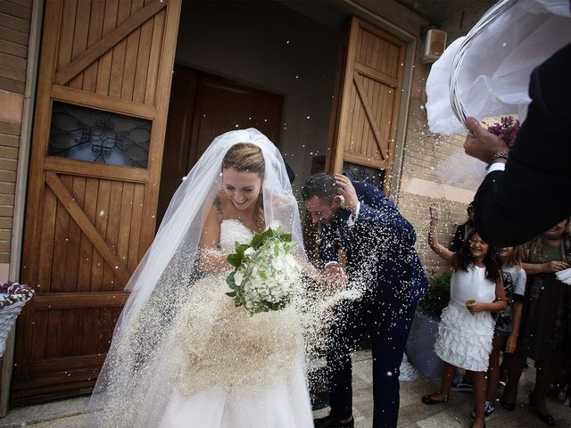 Il matrimonio di Filippo e Veronica a Mombaroccio, Pesaro - Urbino 16