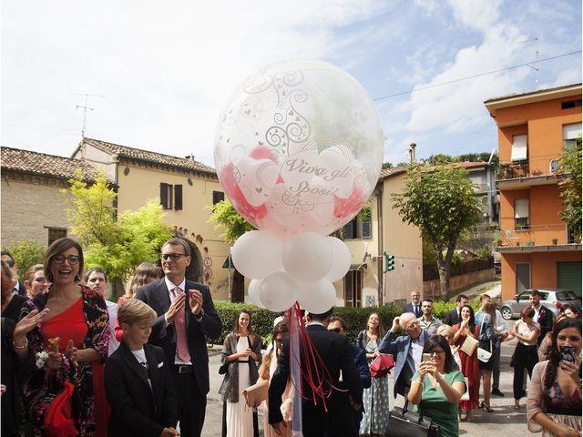 Il matrimonio di Filippo e Veronica a Mombaroccio, Pesaro - Urbino 17