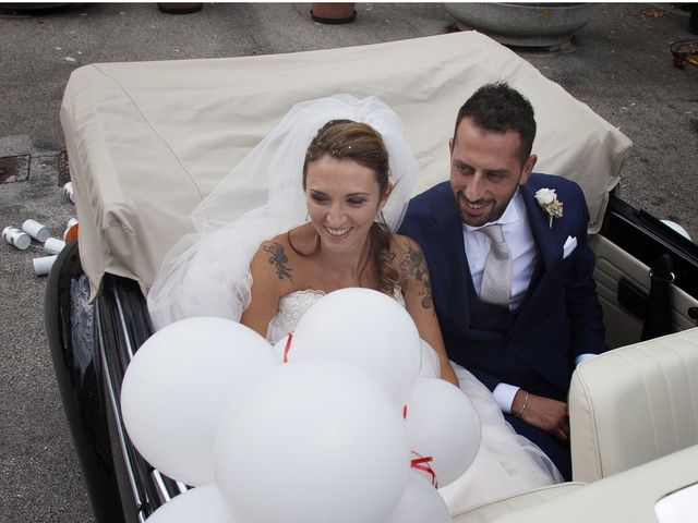 Il matrimonio di Filippo e Veronica a Mombaroccio, Pesaro - Urbino 21