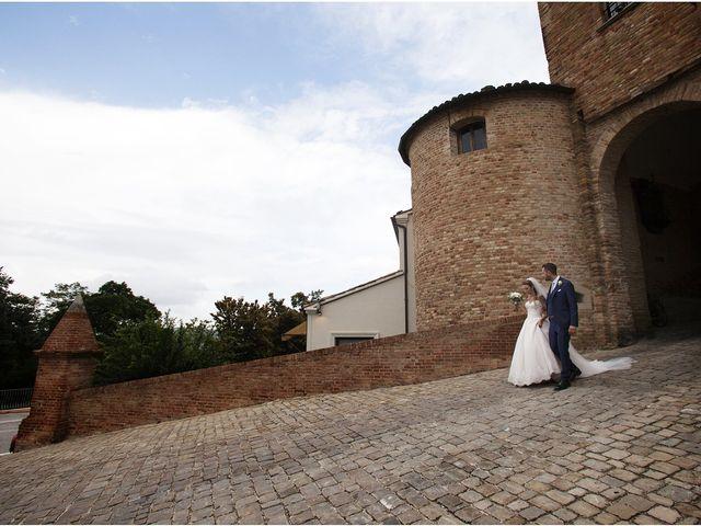 Il matrimonio di Filippo e Veronica a Mombaroccio, Pesaro - Urbino 26