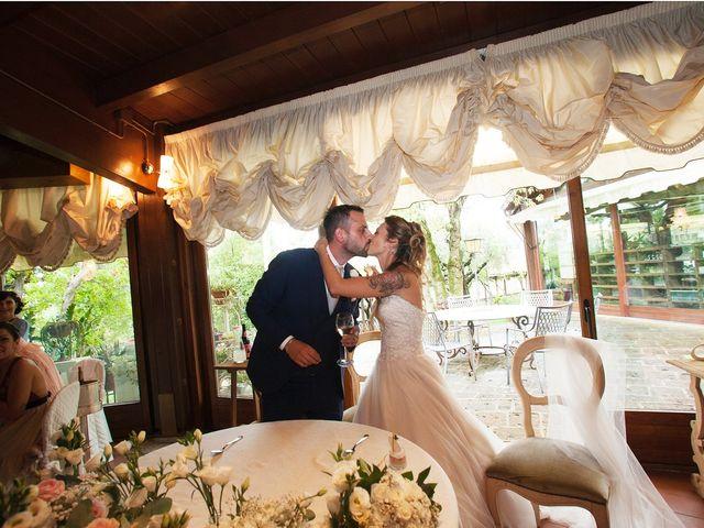 Il matrimonio di Filippo e Veronica a Mombaroccio, Pesaro - Urbino 31