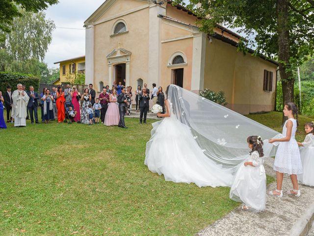 Il matrimonio di Alessandro e Silvia a Turate, Como 11