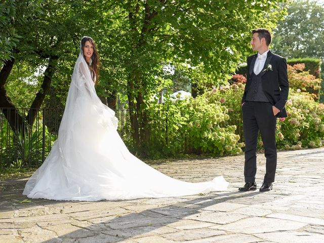 Il matrimonio di Alessandro e Silvia a Turate, Como 27