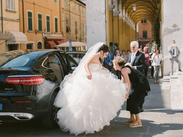 Il matrimonio di Lorenzo e Elisa a Massa, Massa Carrara 9