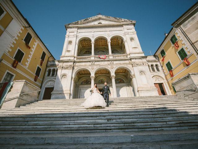 Il matrimonio di Lorenzo e Elisa a Massa, Massa Carrara 17