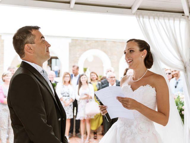 Il matrimonio di Guendalina e Giacomo a Lesina, Foggia 11