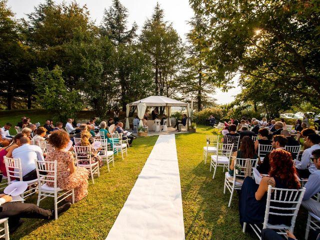 Il matrimonio di Andrea e Clara a Cisano Bergamasco, Bergamo 28