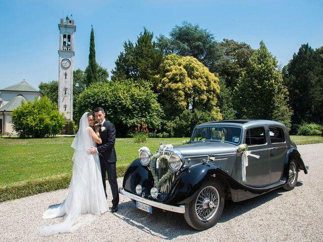 Il matrimonio di Luca e Valentina a Costabissara, Vicenza 22