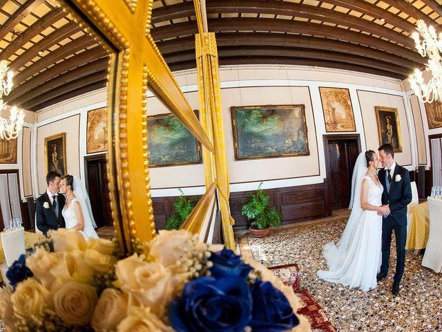Il matrimonio di Luca e Valentina a Costabissara, Vicenza 24