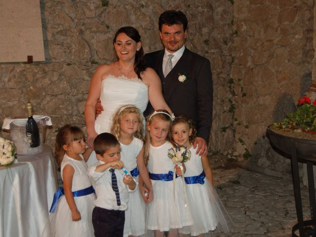 Il matrimonio di Angela  e Vincenzo  a Padula, Salerno 28