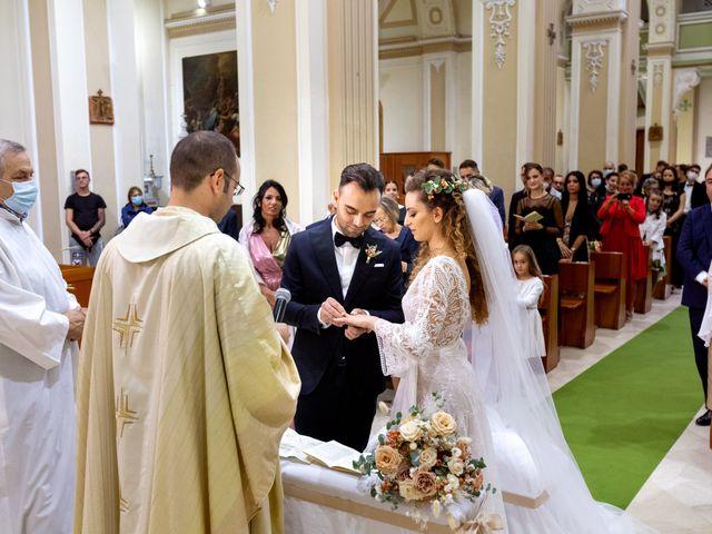 Il matrimonio di Simona e Felice a Triggiano, Bari 18