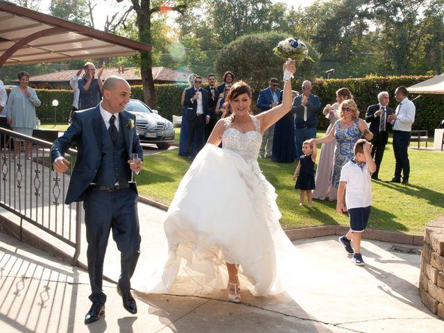 Il matrimonio di Gianni e Daniela a Cogliate, Monza e Brianza 16