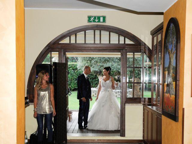 Il matrimonio di Gianni e Daniela a Cogliate, Monza e Brianza 18