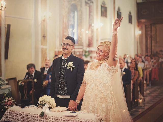 Il matrimonio di Alessia e Alessio a Lucca, Lucca 16