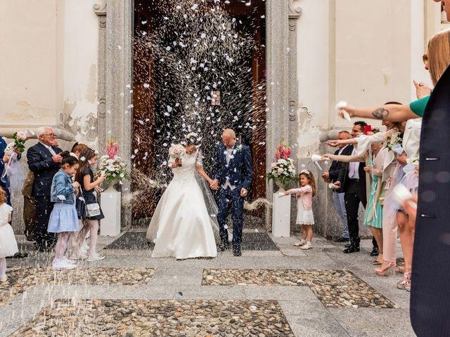 Il matrimonio di Sergio e Sabrina a Besozzo, Varese 30