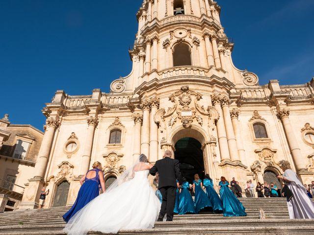 Il matrimonio di Antonio e Mary a Modica, Ragusa 63
