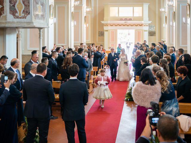 Il matrimonio di Rosaria e Diego a Avigliano, Potenza 16