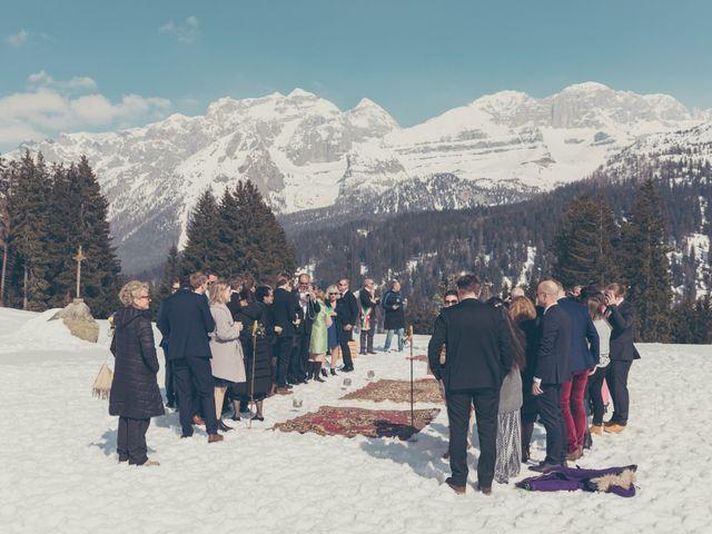 Il matrimonio di Alexander e Emelie a Pinzolo, Trento 46