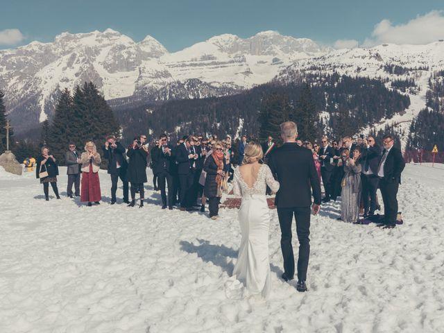 Il matrimonio di Alexander e Emelie a Pinzolo, Trento 51